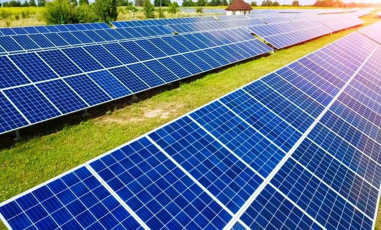 Teknolojimiz Güneşe mi Bağımlı?